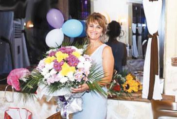 Бизнес дама от Сандански празнува рожден ден с близки и верни приятели от цялата страна