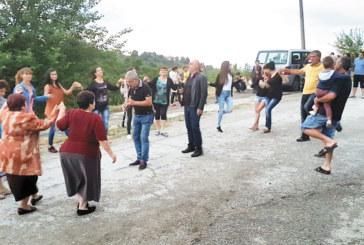 Над 100 души се събраха на курбан за здраве в Ладарево