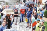 70 полицаи протестираха под пороен дъжд в Г. Делчев за по-добри условия на работа