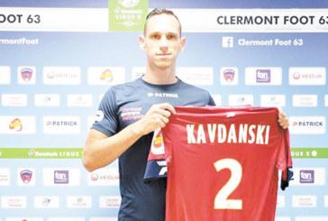 Защитникът от Дупница в отбора на мадам Диакре впечатли французите с физиката си