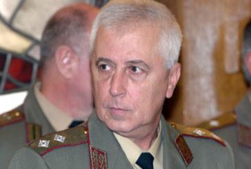 Здравният министър Николай Петров стана дядо!