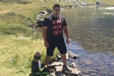 ДУПНИШКИ ЮНАК! Тригодишен син на гурбетчии от Италия измина без почивка 3 км от лифта на Паничище до езерото Близнака