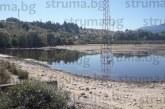 Неизпълнени ангажименти от концесионера на язовир остави градините в Баня на сухо посред лято