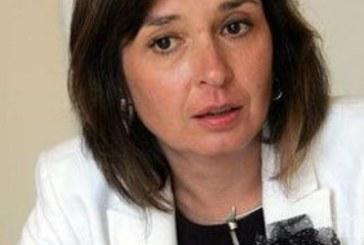 Радостна новина за българските родители! Отпускат европейски пари за детегледачка