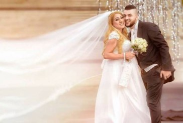 Роксана роди часове след сватбата си