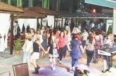 """Ирена Спасовска направи фурор на Летните македонски вечери в хотел-парк """"Бачиново"""", оркестър """"Корона"""" гостува в петък"""