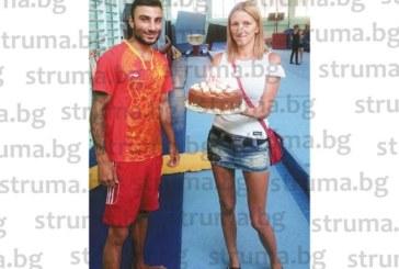 """Децата от благоевградския ГК """"Л. Солачки"""" изненадаха треньора си"""