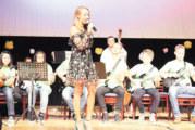 Вокалистката на Слави, благоевградчанката Лилия Стефанова, с вълнуващ концерт с млади изпълнители от Банско