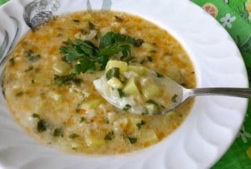 Супа от тиквички и ориз