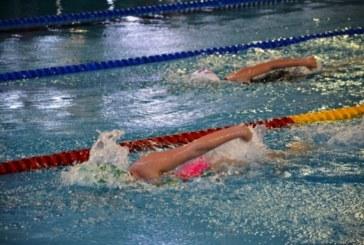 """Извършват цялостна профилактика на плувния басейн в Спортен комплекс """"Пирин"""" – Благоевград"""