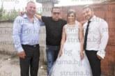 Неврокопски гастарбайтери съчетаха отпуската си с пищни сватби и купони с приятели