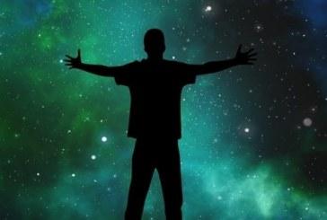 Вселената бавно гасне
