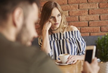Предстои ти първа среща! Ето пет задължителни въпроса за нея
