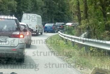 Натоварен трафик в края на дългия уикенд