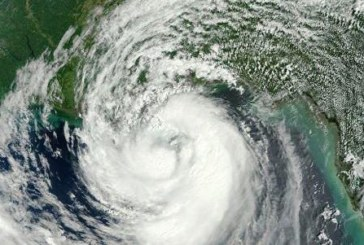 "Нова буря ""Мария"" бушува в Атлантическия океан"
