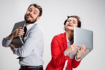 Пет трика, чрез които жените получават мъжкото внимание