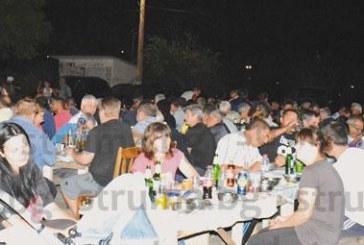 Кукерите в Симитлийско събраха близки и приятели на курбан