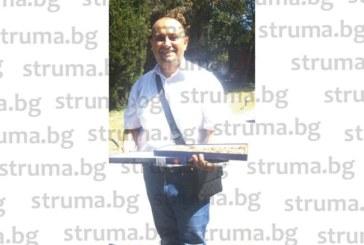 Учителка в Сандански дари съпруга си с дъщеричка, той не спря да черпи