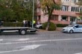 Благоевград на косъм от кървава драма! Шофьор с мерцедес паркира зрелищно срещу полицията