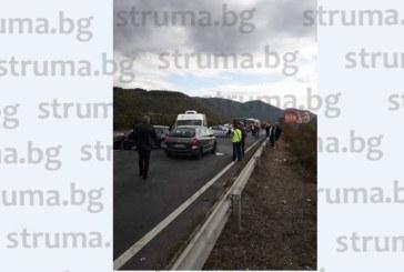 Ето как е станала верижната катастрофа край Благоевград, кола на охранителната фирма на бившите полицейски шефове Хр. Величков и Ст. Иванов в сблъсъка