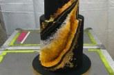 Поп фурията Бионсе отпразнува 36-тия си рожден ден, духна свещите на златна торта
