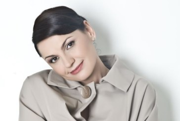 Ани Салич неузнаваема след развода, втали се като фиданка