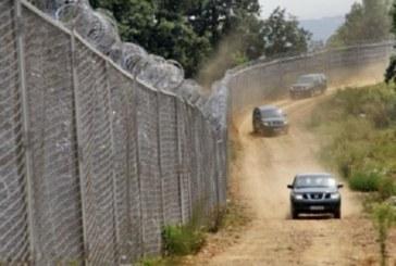 Стотици нелегални мигранти напират към България от юг