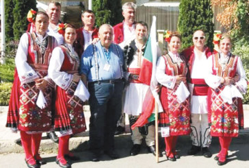 Палавите ножинки от Гоце Делчев грабнаха специалната награда на фолклорен фестивал