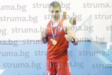 Охранителят, треньор по кикбокс, Др. Кацаров: За първи път станах републикански шампион само след година тренировки, предпочитам да градя бъдеще в България