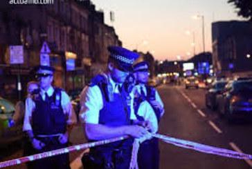 Инцидент в Лондон! Евакуират къщи