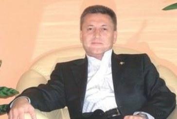 """МЕГАНАЧИНАНИЕ В БЛАГОЕВГРАД! Общинският съветник Р. Калайджиев иска с близо 4 км тръбопровод да отведе минерална вода от Владишкото до хотела си """"Езерец"""""""