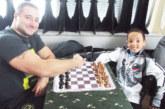 """Световен шампион дебютира в """"Гран При на Благоевград"""", студент в Холандия сдава лидерството"""