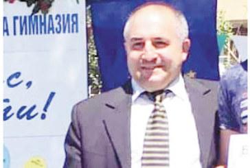 Директорът на Професионалната гимназия А. Драгоев съкрати заместничката си Йонка Величкова, със спестената заплата назначи двама нови учители