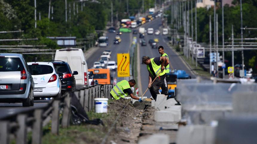 Внимание! Ремонтират пътя София - Перник през прохода Владая