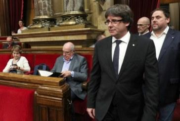 Премиерът на Каталуния отложи независимостта с няколко седмици