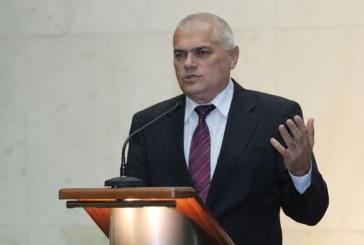 Министър Радев за измамника от Кочериново: Калпазанин, трябва да бъде хванат