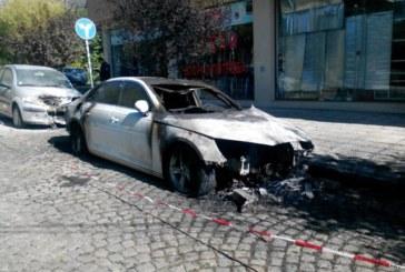 """Вижте кой подпали колата на репортерката от """"Господарите"""""""