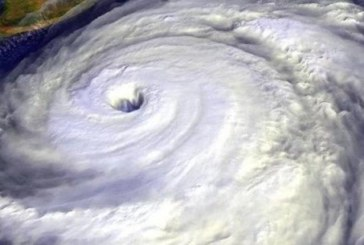 Огромна опасност дебне Япония! Мощен тайфун приближава страната на изгряващото слънце