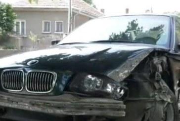 Зверска катастрофа край Пазарджик! Шофьор се заби в дърво и загина на място
