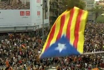 Обществен гняв и ескалиращо напрежение в Каталуния! Синдикатите скочиха на полицията