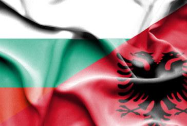 Чия е заслугата за признаването на българите в Албания?