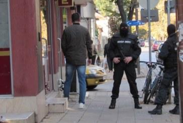 ГДБОП В АКЦИЯ! Претърсват заложни къщи и заведения на депутатски брат