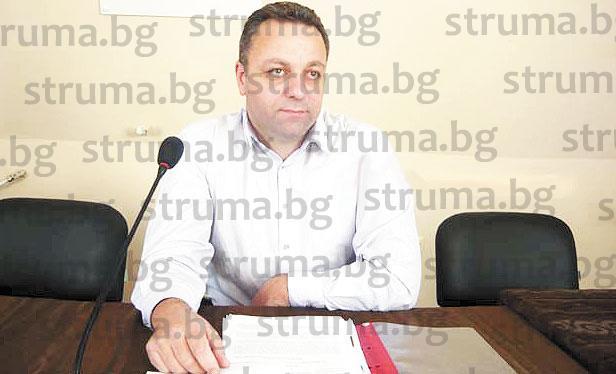 Бившият ОбС шеф П. Чучуганов получава 100 кв.м общински имот в топцентъра на Сапарева баня за 9500 лв., за да разшири къщата си за гости