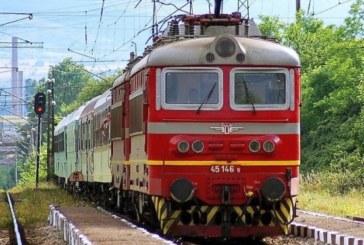 Вандалски изпълнения! Обстрелваха с камъни влака София – Кюстендил, прозорците на композицията потрошени