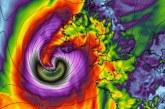 "Ужасна буря ""Офелия"" вилнее в Ирландия! 3-ма души загинаха"