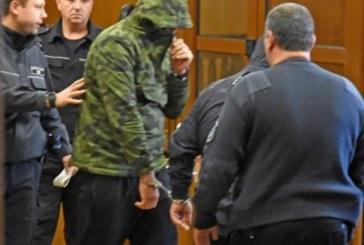 Ти да видиш! Ченгето дилър носил само маркови дрехи, а седмица преди ареста си купил втори лъскав джип