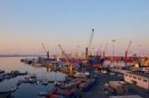 Задържаха български кораб в Италия