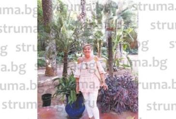 Д-р В. Каракостова заведе дъщеря си на приказно пътешествие в Мароко, купиха си тениски с ръката на Фатима против уроки