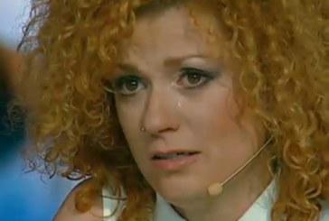 Люси Дяковска се отказа от любовта! Певицата е съкрушена, вижте с кого си ляга