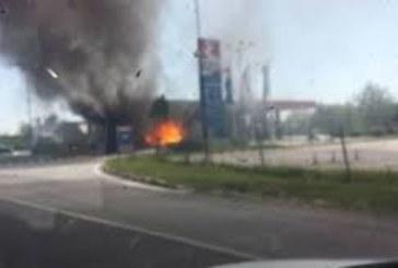 Взривове на бензиностанция, има загинали и ранени
